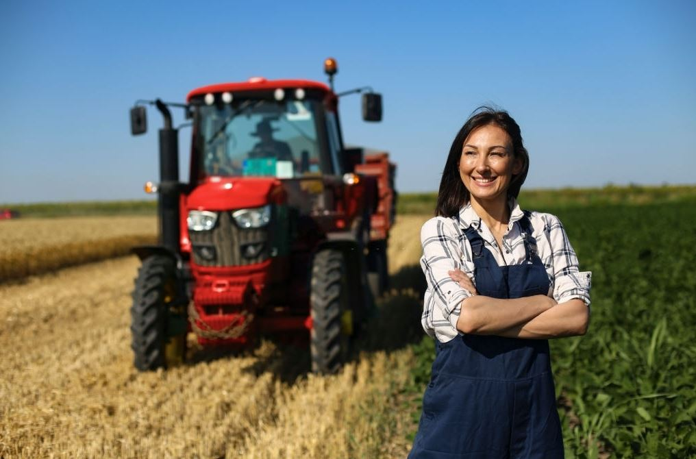 Seguro tractor agrícola: 4 coberturas esenciales
