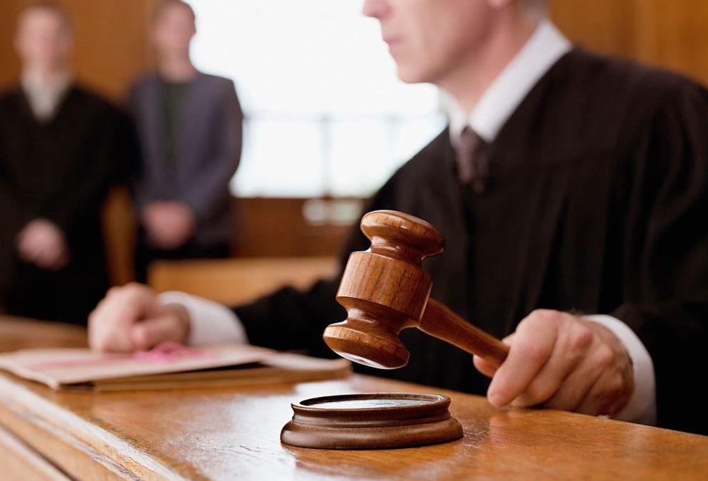 Seguro defensa jurídica: 3 funciones en seguro tractor